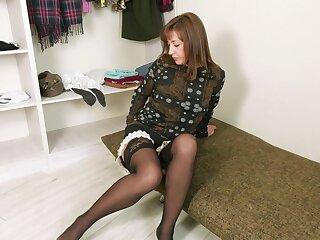 Turned on alone MILF Rafaella is eager to enjoy masturbation right away
