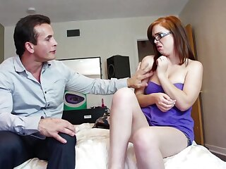 Nerdy bungler is in for a treat with step daddy