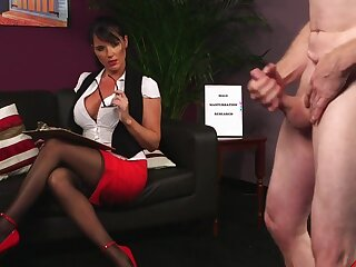 Naughty enchase Dark Lee gets blustery on from her boss's cock