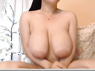 Asian webcam model - close up pussy masturbation and monster tits