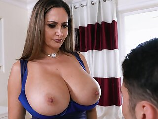 MILF tries younger inches in both her premium holes