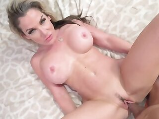 Big tits blonde old lady is disadvantaged for her stepson's rod