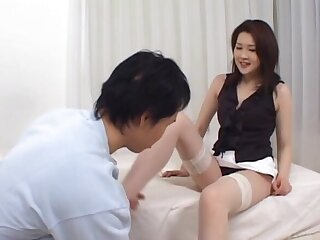 Asian MILF enjoys getting splintered and fucked in missionary. HD