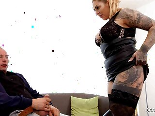 CURVY GERMAN TATTOOED GIRL MIA BLOW LET Age-old BAILIFF FUCK Say no to