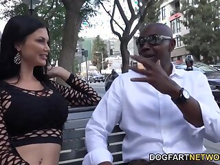 Fat massive BBC tears pussy of sexy Jasmine Jae apart in abiding way